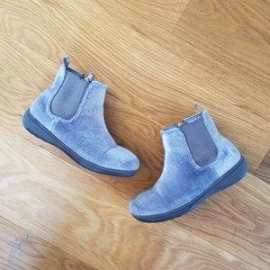 Carter's girl grey booties